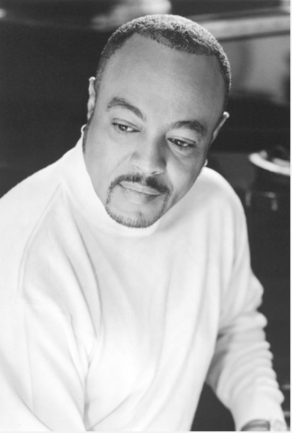 None - Win tickets to see Peabo Bryson!