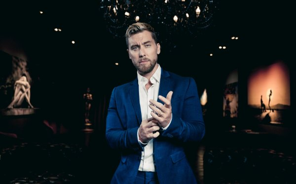 None - Win a M&G with Lance Bass of *NSYNC at the Tysons Corner Tree Lighting!