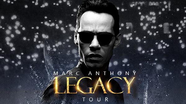 None - Marc Anthony en concierto