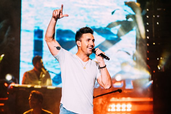 Jake Owen | Regions Field